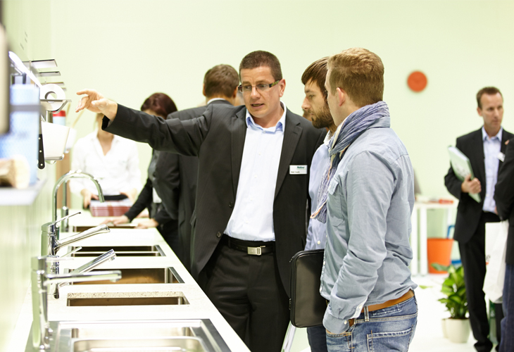 Area30 Fachmesse in Löhne für Neuheiten und Trends in Küche, Design und Technik David und Mario am Stand von Naber