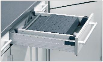 sockelblenden halter f r einbau klapptritt hailo 2 stufen. Black Bedroom Furniture Sets. Home Design Ideas